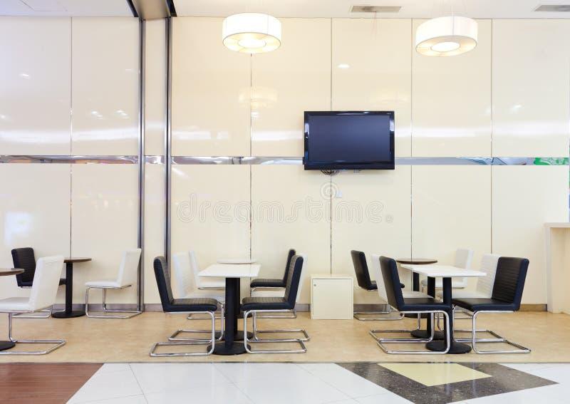 区明亮的大厅休息室 免版税库存图片