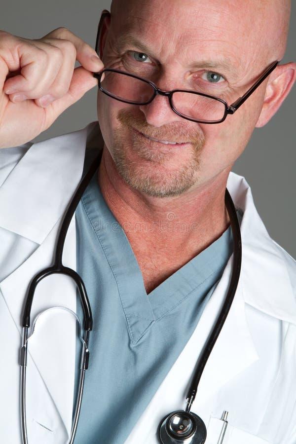 医生玻璃佩带 图库摄影