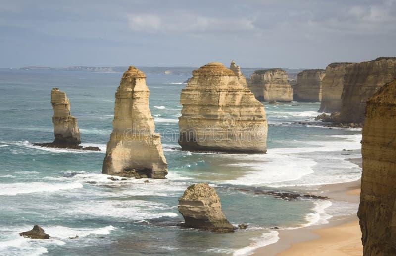 十二apostels的岩石沿大洋路,南澳洲的 免版税库存照片