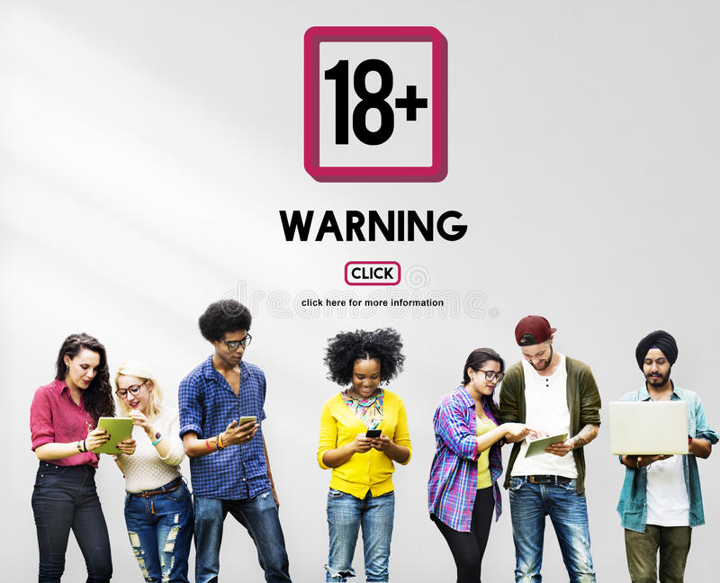 十八正成人明确美满的警告 免版税库存图片