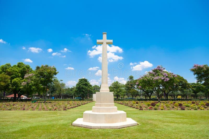 十字架在公墓 库存照片