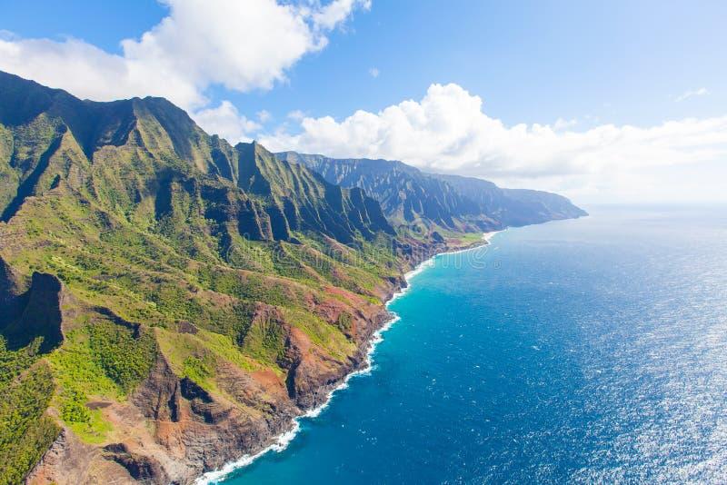 从直升机的考艾岛 图库摄影