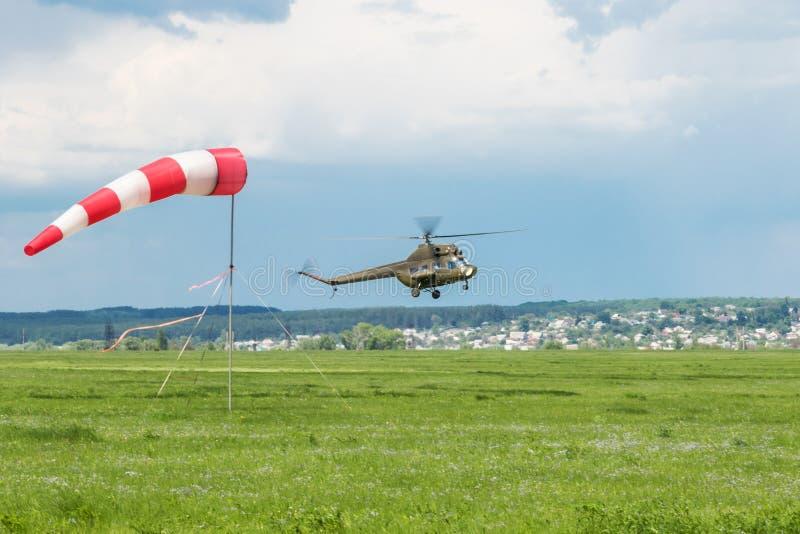 直升机离开 免版税库存照片