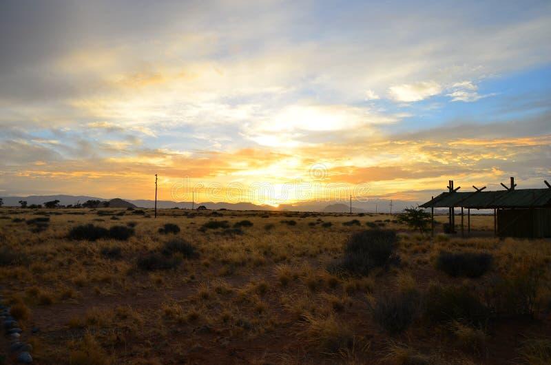 升起在纳米比亚的太阳 免版税图库摄影