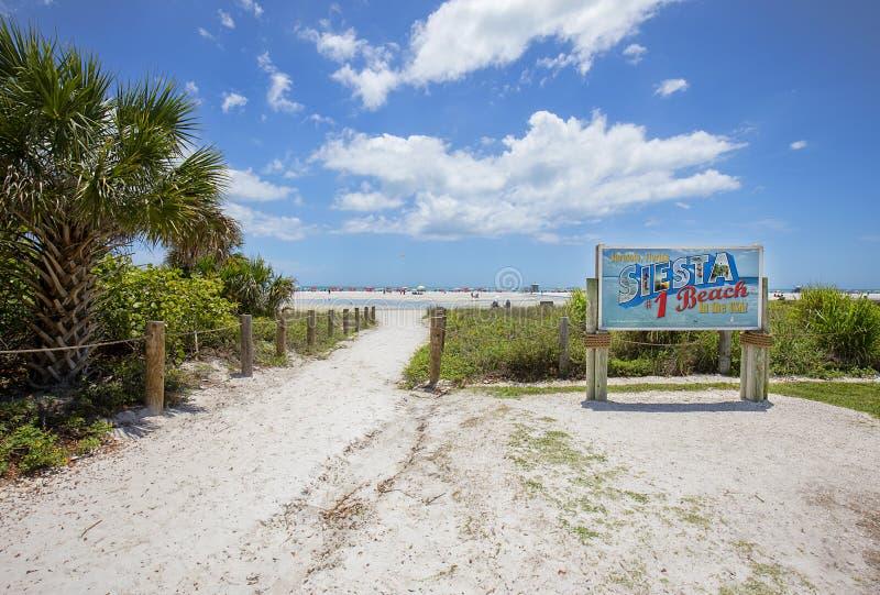 午睡关键海滩在萨拉索塔,佛罗里达 免版税库存照片
