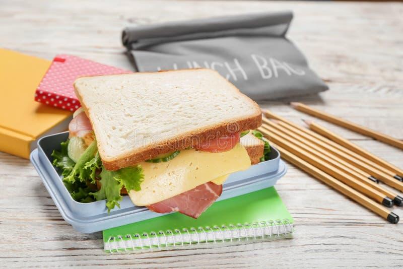 午餐盒用鲜美三明治 库存图片
