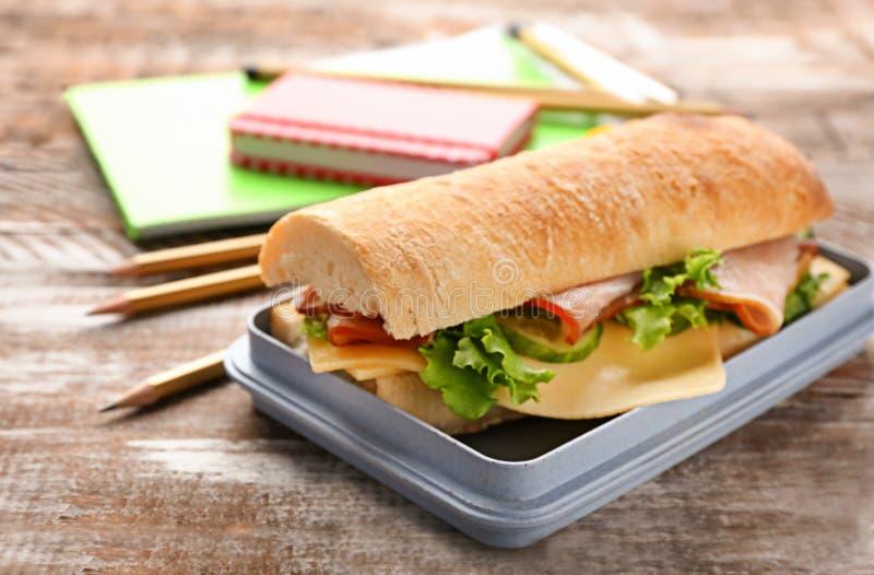 午餐盒用鲜美食物 库存照片