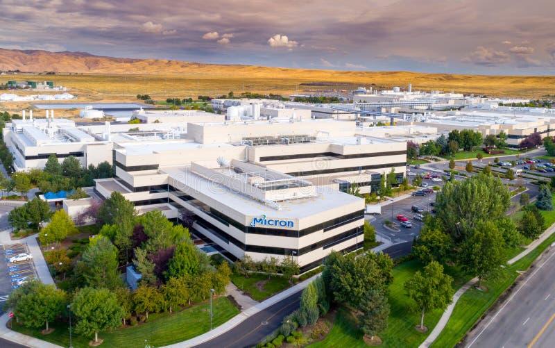 半导体制造业设施微米鸟瞰图 免版税库存照片