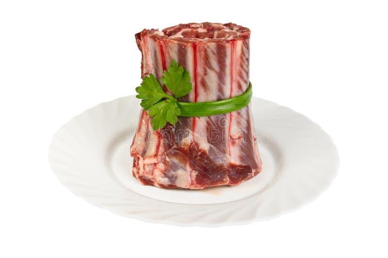 半成品由野公猪肉制成在板材-肋骨,隔绝 免版税库存照片