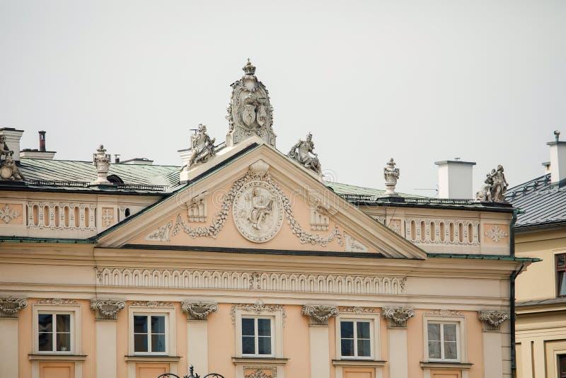 华丽大厦在克拉科夫,波兰 图库摄影