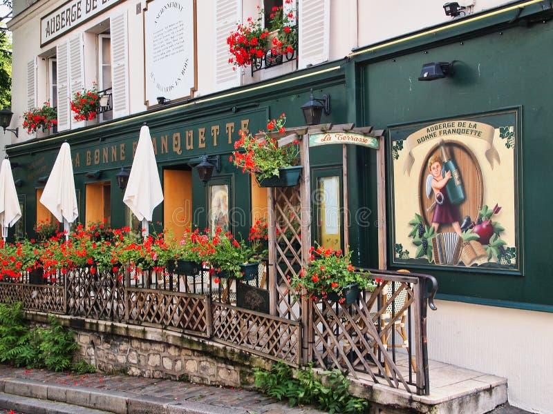 华丽餐馆外部,蒙马特,巴黎,法国 免版税库存图片