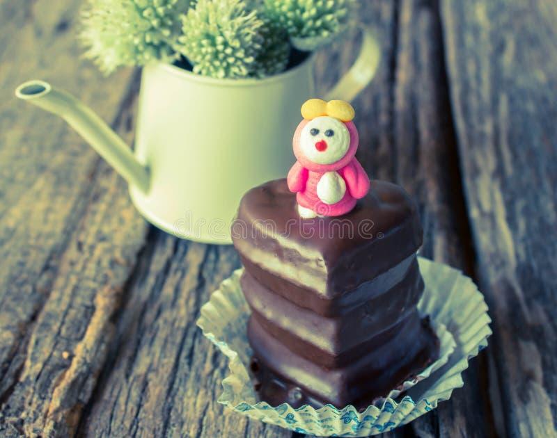 华伦泰巧克力杯形蛋糕 库存图片
