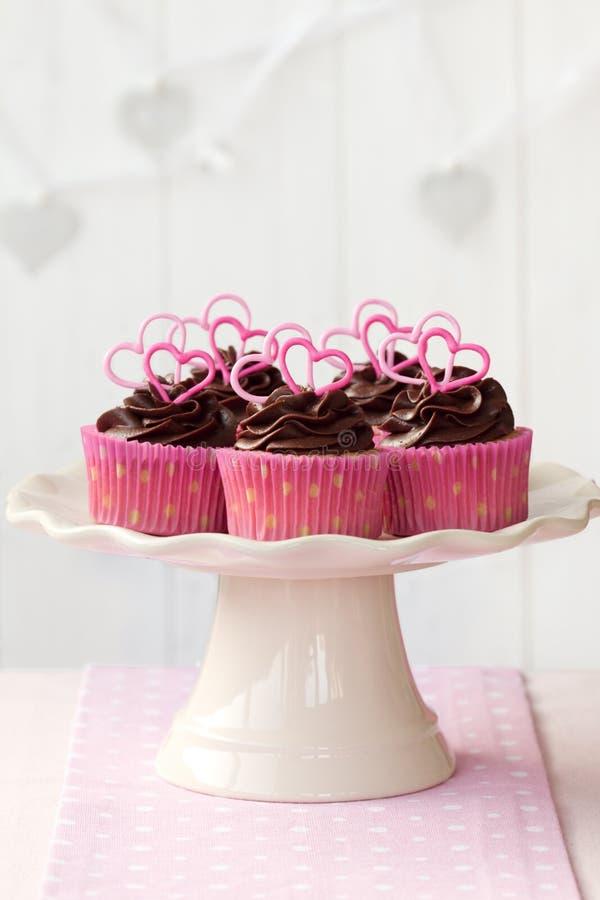 华伦泰杯形蛋糕 免版税库存照片