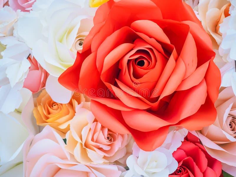 华伦泰的五颜六色的玫瑰花 免版税库存照片