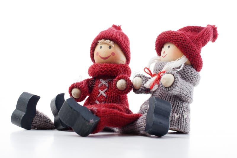 华伦泰` s天小雕象标志 圣诞节夫妇 华伦泰` s天夫妇例证 华伦泰夫妇爱其中每一 免版税库存图片
