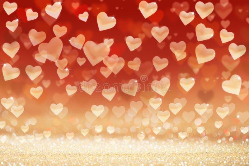 华伦泰` s天背景,在闪烁的背景的心脏 免版税库存照片