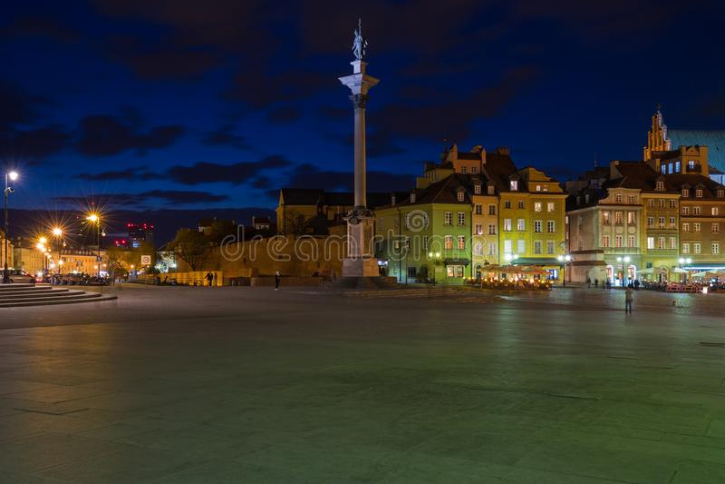 华沙,老镇在晚上 免版税库存照片