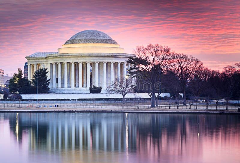 华盛顿特区日出杰斐逊纪念侧视图 免版税库存照片