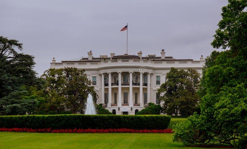 华盛顿特区的白宫,是美利坚合众国和普遍的旅游attra的总统的家和住所 免版税库存照片