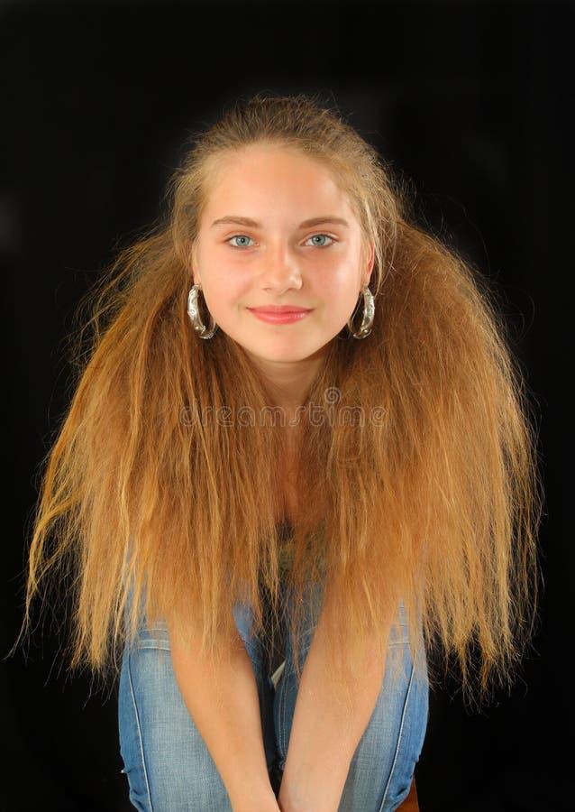 华美白肤金发的女孩 免版税库存照片