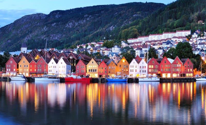 卑尔根夜风景,挪威 免版税库存图片