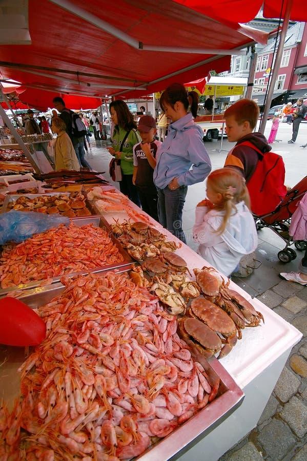 卑尔根鱼市 免版税库存图片