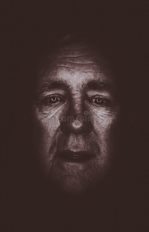 单独更老的人悲伤 图库摄影