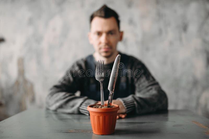 单独自我中心人,孤独性综合症状 免版税库存图片