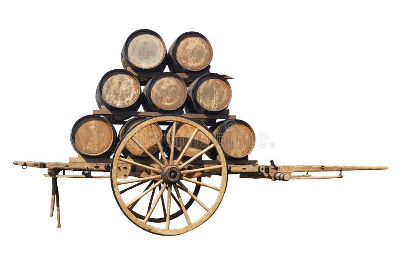 单轮木无盖货车减速火箭与桶在白色背景的酒 免版税库存图片