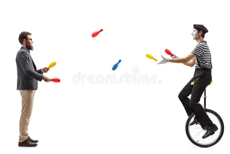 单轮脚踏车的笑剧玩杂耍与一个人的 免版税库存图片