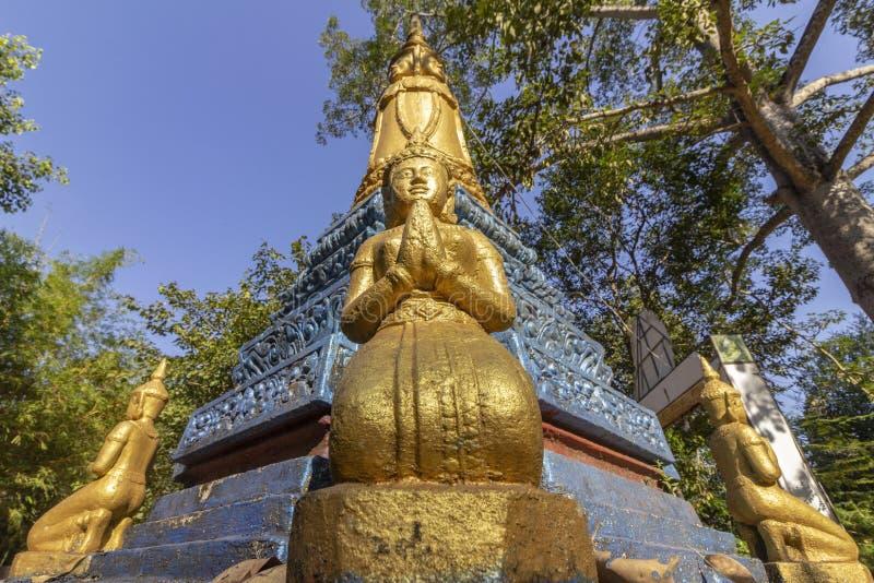 南关入口向吴哥城,前和忍受高棉帝国的首都,联合国科教文组织遗产站点,吴哥 免版税图库摄影