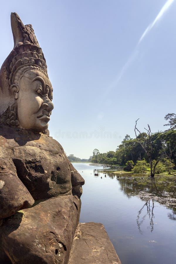 南关入口向吴哥城,前和忍受高棉帝国的首都 图库摄影