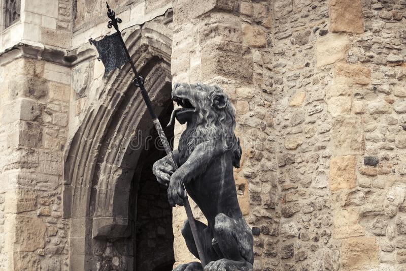 南安普敦,Bargate的狮子雕象 库存图片