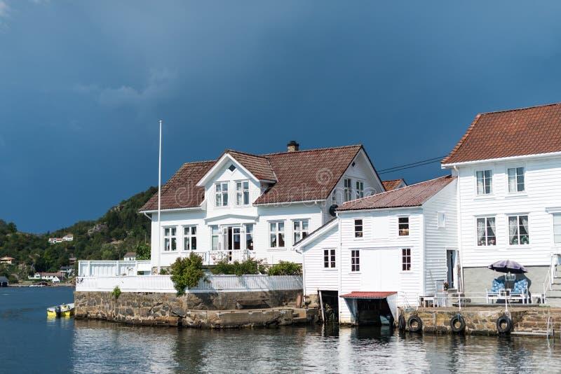 南挪威老沿海房子  图库摄影