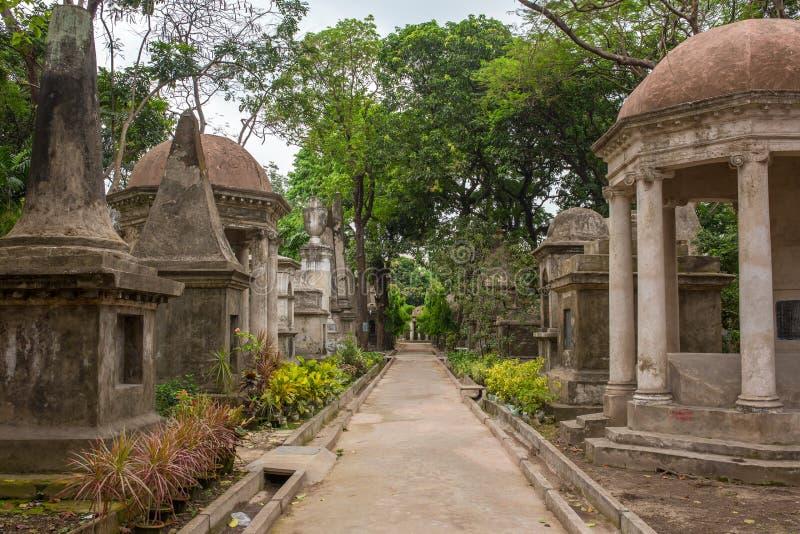 南方公园街公墓坟茔在加尔各答 免版税库存照片