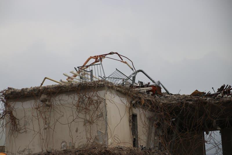 南普拉斯自治市办公室的爆破包括城镇厅在Nieuwerkerk aan小室IJssel,荷兰 库存图片