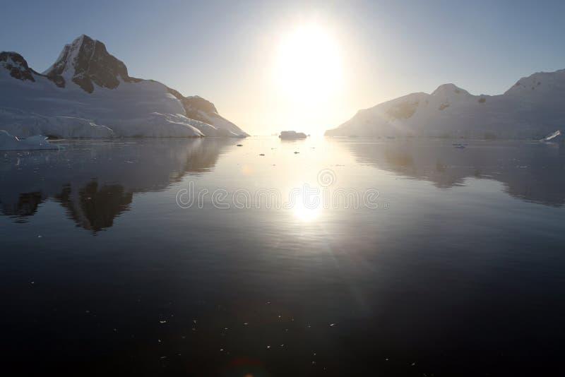 南极日落 库存图片