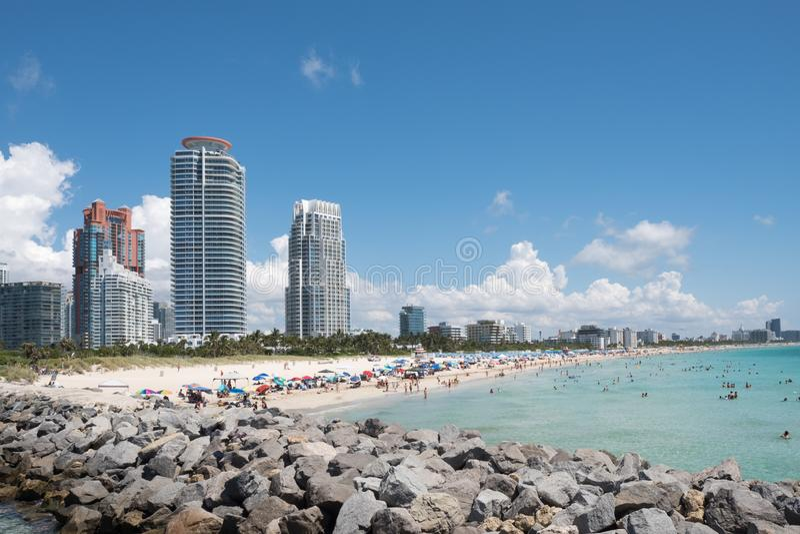 南海滩地平线,从南Pointe,迈阿密海滩,佛罗里达,美国的射击 免版税库存图片
