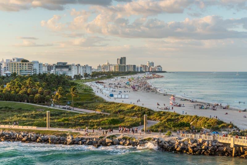 南海滩,日落的迈阿密海滩,佛罗里达,美国 免版税图库摄影