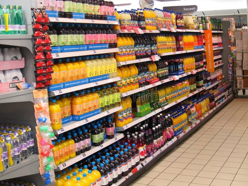 南瓜或甘露酒在超级市场架子。 免版税图库摄影