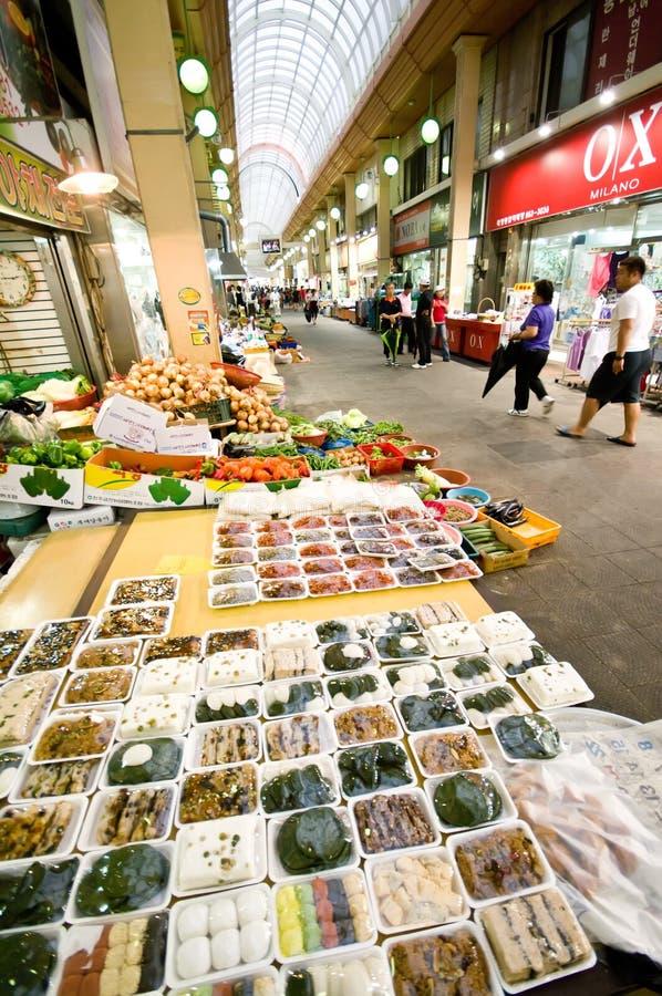 南益山室内韩国的市场 库存图片