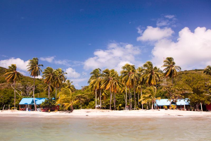 南西部海滩在上帝海岛在一晴朗和美好的天 库存图片