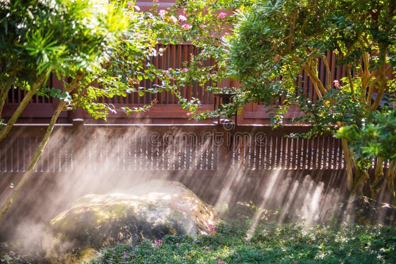 南连家庭院-美丽的庭院在镇,香港里 库存照片