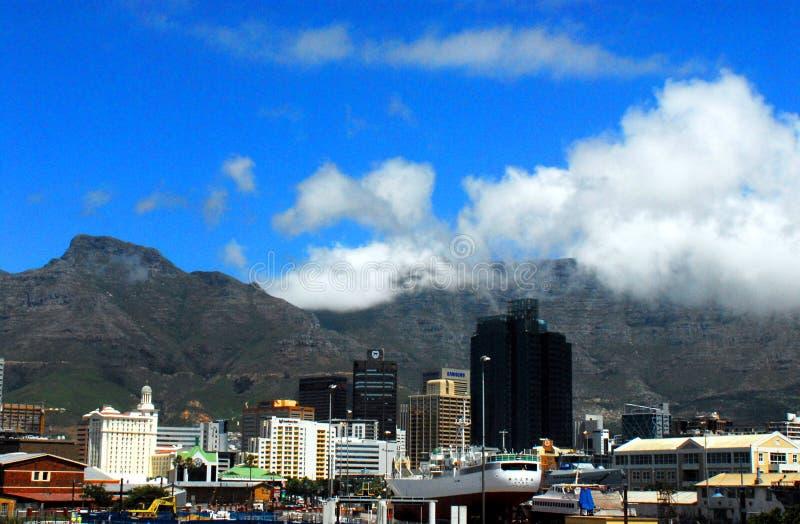 南非洲开普敦都市风景和地平线 免版税库存照片