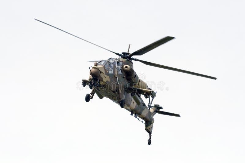 南非洲空袭强制直升机的rooivalk 库存照片