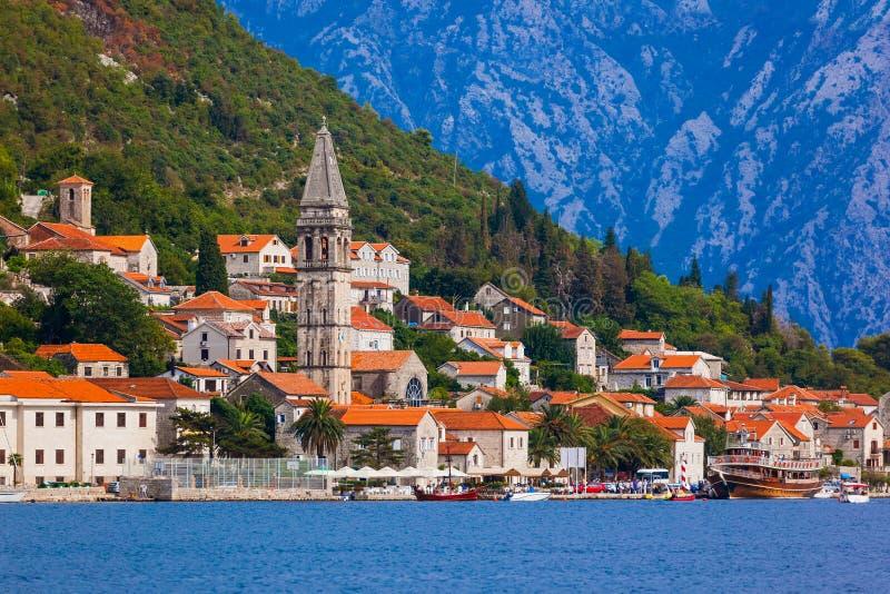 博卡队科托尔海湾-黑山海岸的村庄Perast  免版税图库摄影