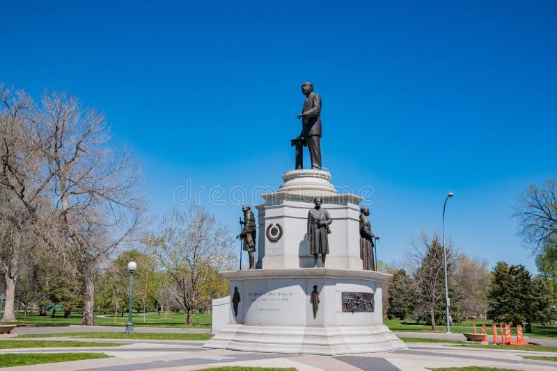 博士 小国王luther马丁 在城市公园 库存图片