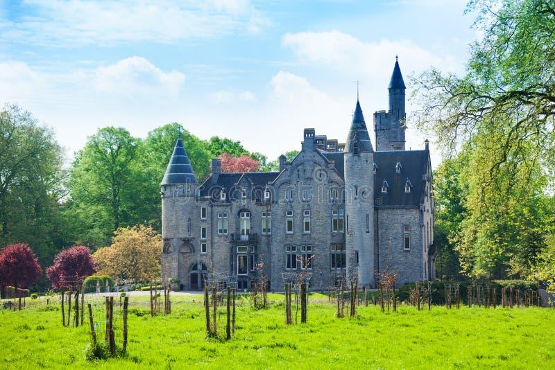 博尔讷姆城堡美丽的景色在安特卫普附近的 库存图片