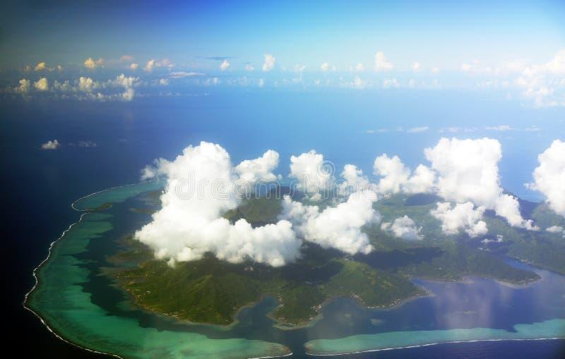 博拉博拉岛鸟瞰图  免版税库存照片