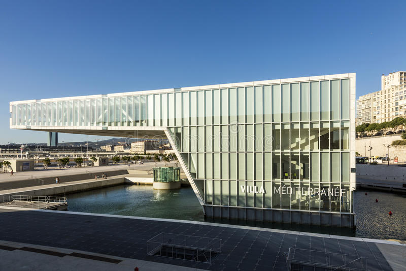 博物馆现代大厦欧洲和地中海Civi 免版税库存照片